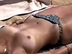 Voyeur Video Of Topless Teens At The Beach