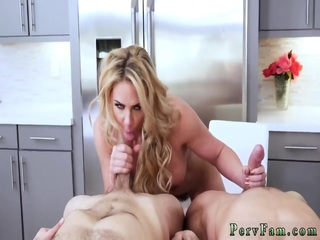 He caught me masturbating and asked to join. Sweet pussy licking - Ruda Cat